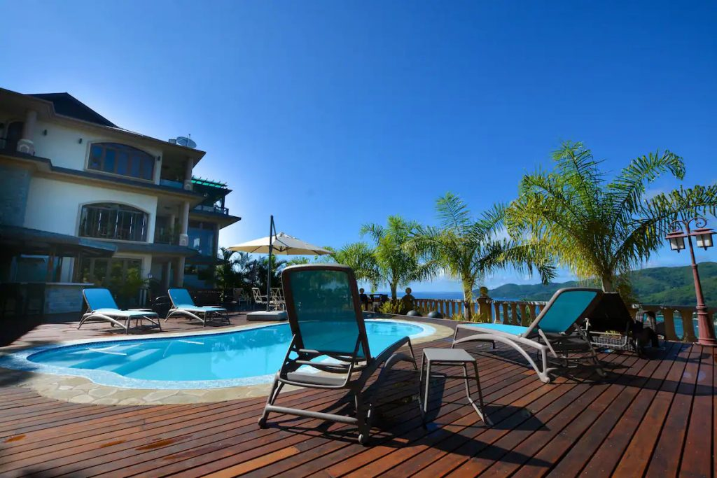 hotel Swimming pool Seychelles